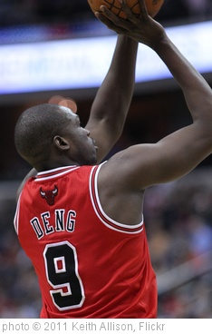 'Luol Deng' photo (c) 2011, Keith Allison - license: http://creativecommons.org/licenses/by-sa/2.0/