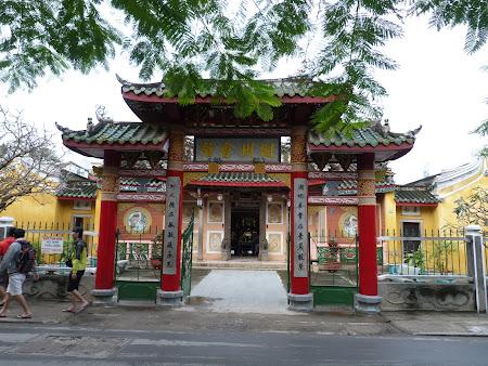 114. poarta templu.JPG