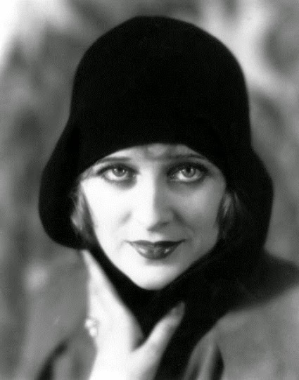Dorothy Revier 013