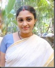 SREEJA CHANDRAN _IN SAREE