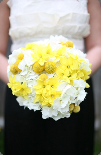 yellow-white-bouquets diana marie photography and fleurology