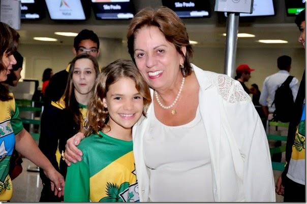 02 09 2014 Governadora com atletas do RN fot Vivian Galvão (2)