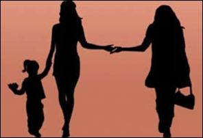 casal lesbico e filha