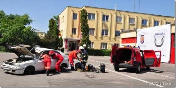 Dacia als brandweerhulpvoertuig 05