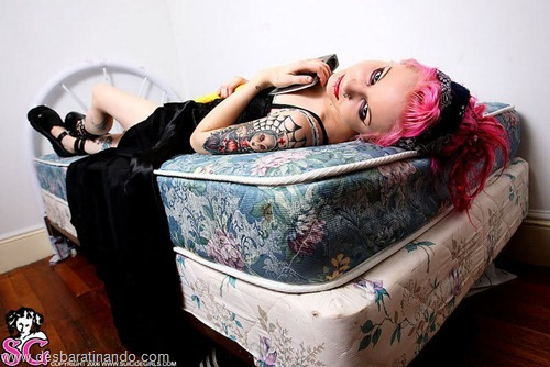 suicide girls linda sensuais punks sexys gatas desbaratinando (16)