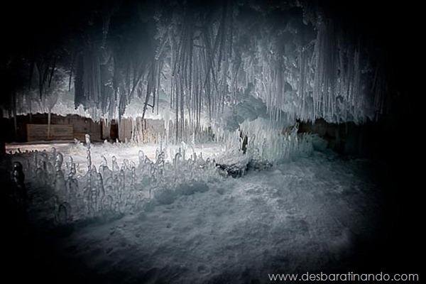 predio-congelado-gelo-caverna-degelo-armazem-desbaratinando (5)