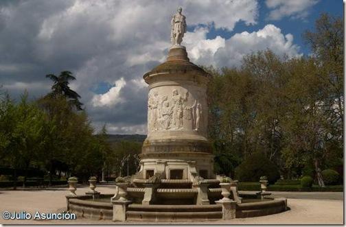 Monumento a Julián Gayarre - Pamplona