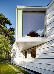 ventanas-fachada-Casa-Lakeshore