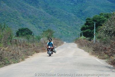 estrada em município do piauí
