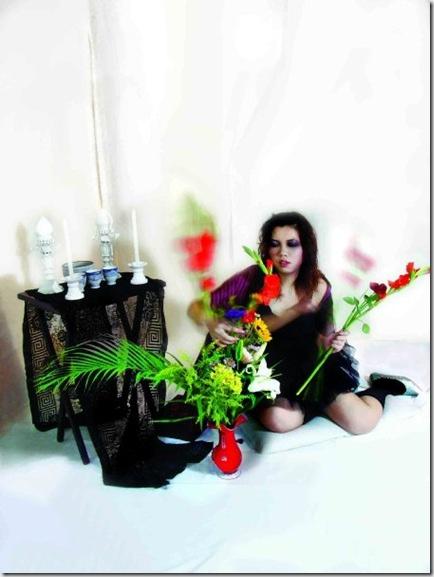 2002壹詩歌文學雜誌,《病、愛與花專欄》