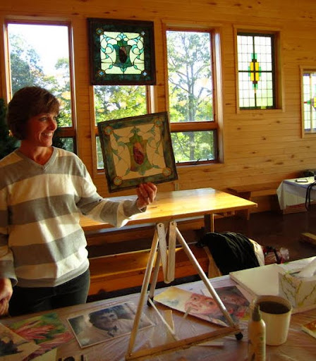 Dining room at Maplelag not only a great place to paint but also providng inspirtation