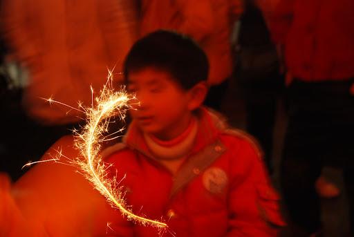 Shanghai Fête des Lanternes 2012 - Jeu d'étincelle