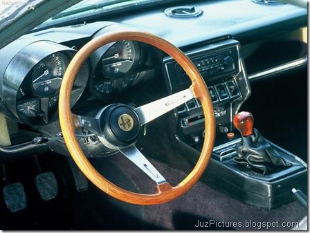 Alfa Romeo Montreal3