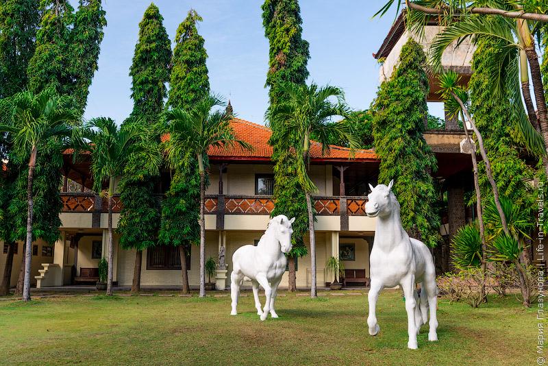 Отель Bali Bungalo