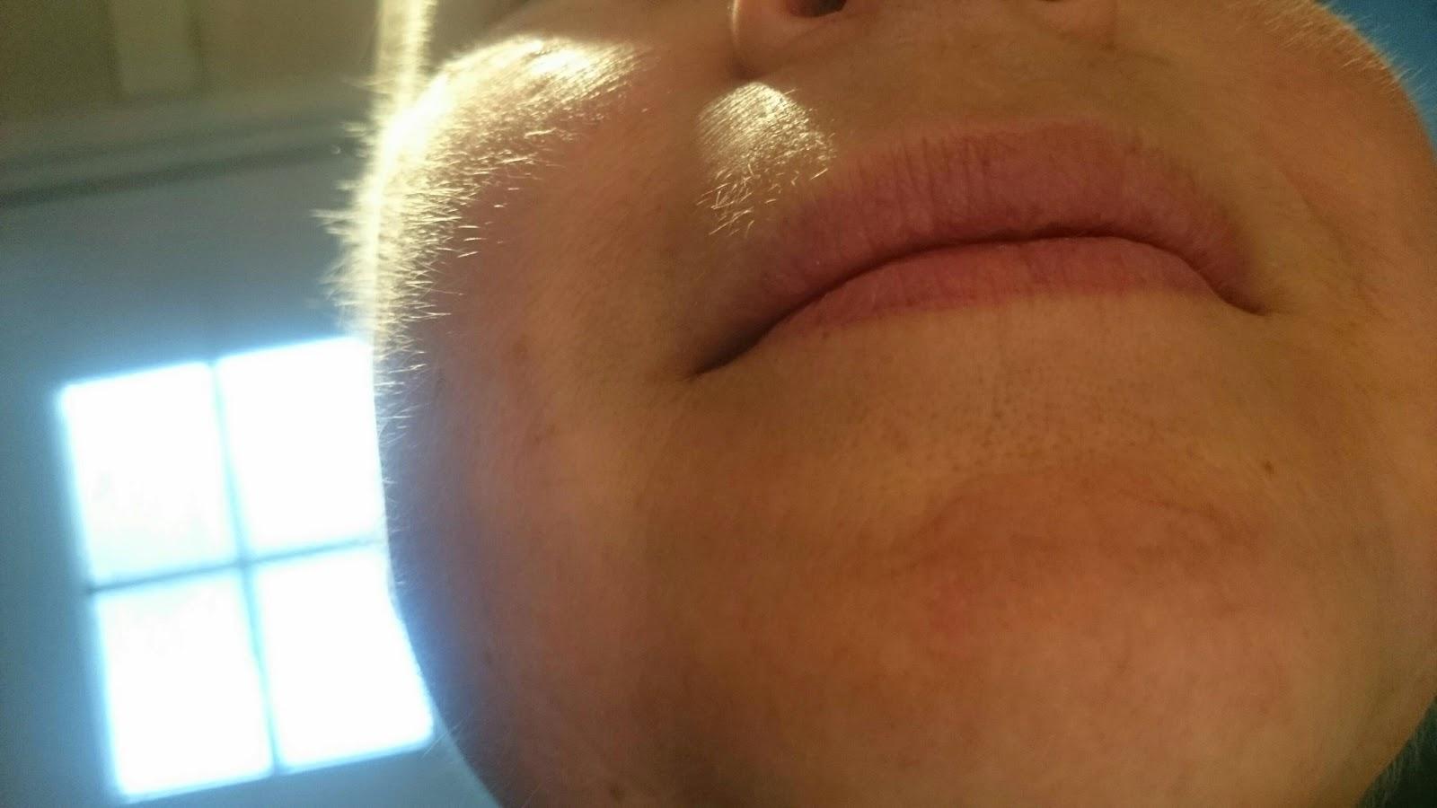 små hår i ansiktet