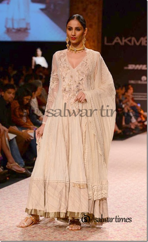 Ritu_Kumar_Lakme_Fashion_Week_2013 (6)