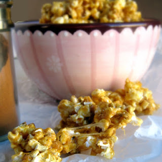 5-Minute Molasses Spice Caramel Popcorn
