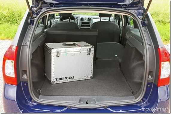 2013 Dacia Logan MCV 04