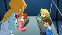 [sage]_Mobile_Suit_Gundam_AGE_-_36_[720p][10bit][45C9E0D0].mkv_snapshot_16.03_[2012.06.18_11.57.06]