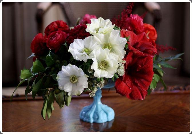 6OakandtheOwl_White Anemones_Red Amaryllis