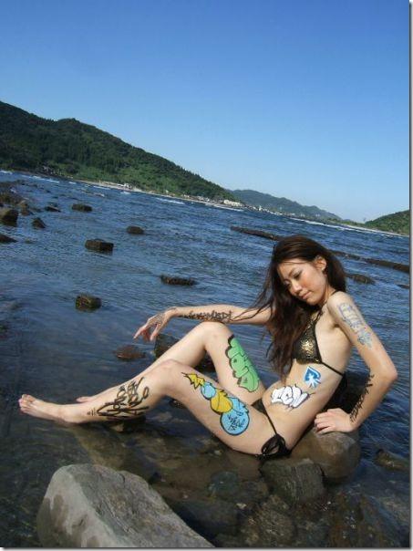 girl-body-graffiti-31
