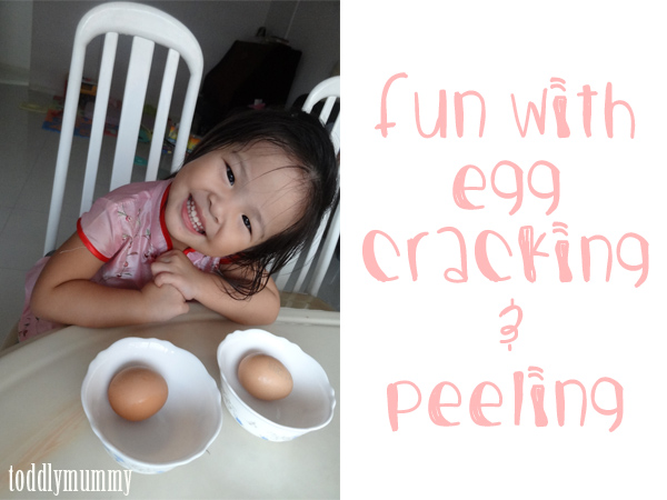 Egg peeling cover