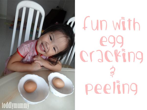 Egg peeling cover