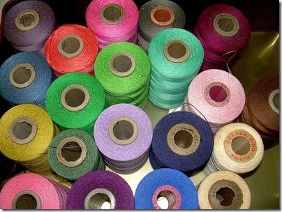 threads-143343_640