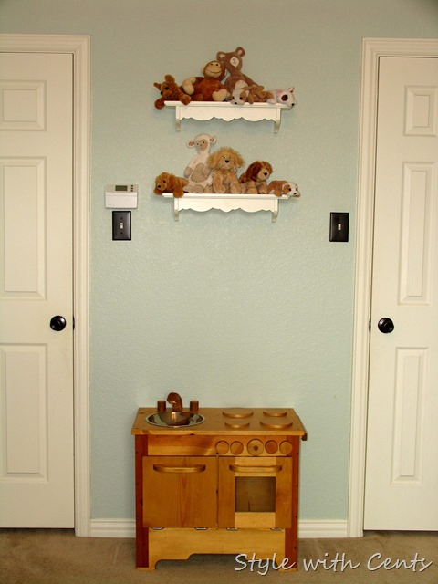 Creating an Inexpensive Playroom from Style with Cents www.stylewithcents.blogspot.com 1