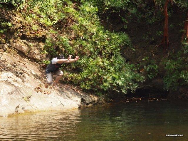 river_in_sarawak_16