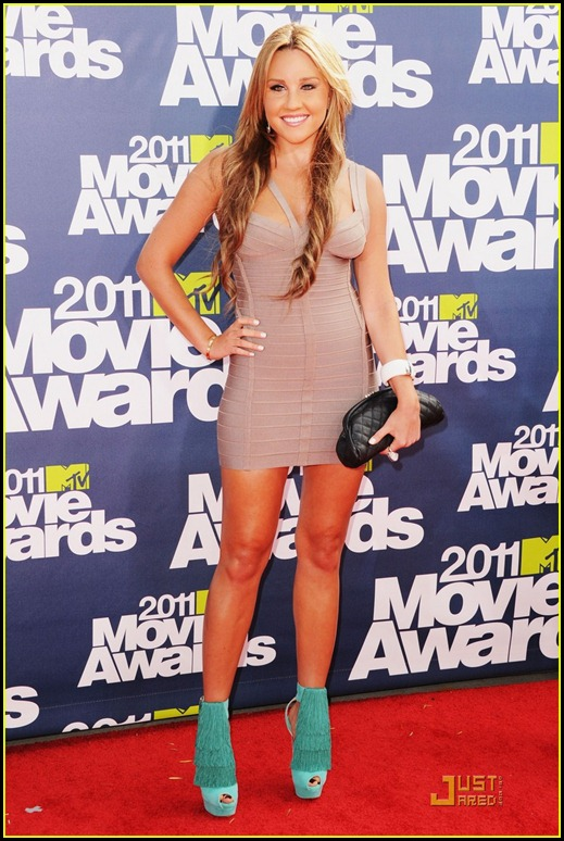 amanda-bynes-mtv-movie-awards-2011-05