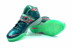 lebrons soldier7 power couple 20 web white The Showcase: Nike Zoom Soldier VII Power Couple (GitD)