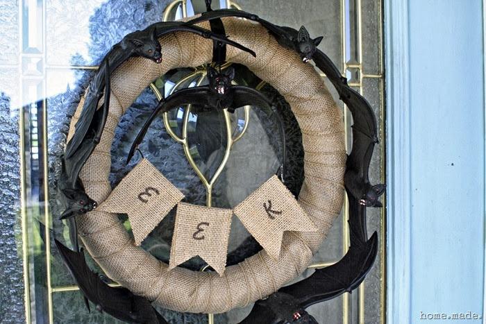 Circling Bats Wreath