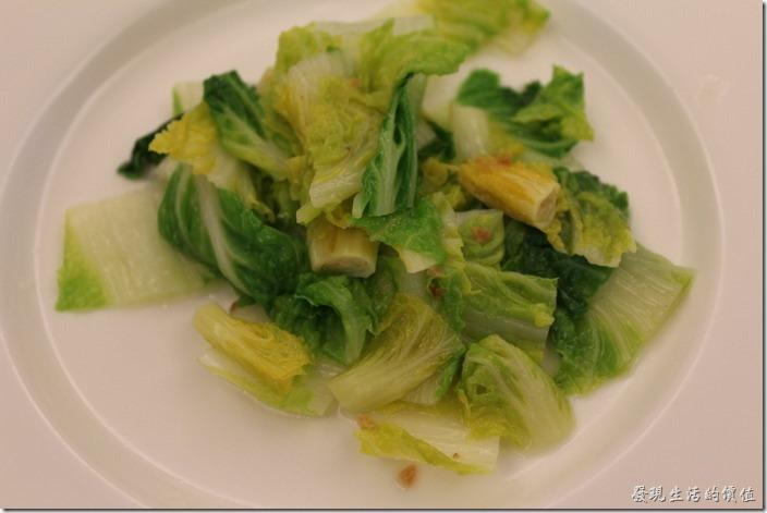 台北南港-小高玉鐵板燒。附菜:清炒時蔬。這應該是高麗菜的嫩芽,我沒有吃到所以不知道味道如何?但看起來還可以。
