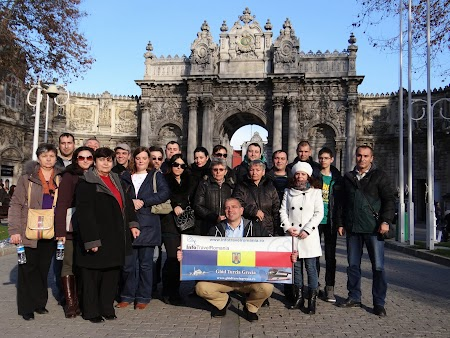 Turisti Zahir Travel la Istanbul