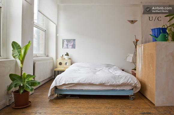 bedroom-corner-of-london-studio