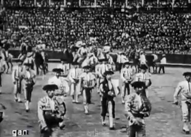 1914-04-22 Sevilla Paseillo Belmonte y Joselito