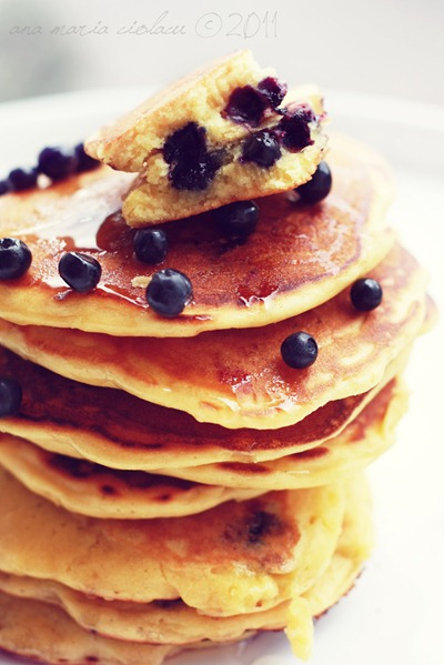 Pancakes cu coacaze 2