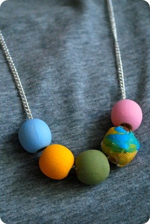 PaintedNecklace3