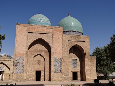 Orasul lui Timur Lenk: Kok-Gumbaz Mosque