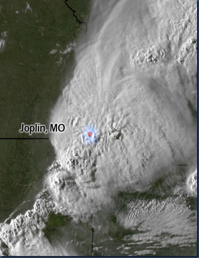 Storm_over_Joplin,_Missouri_cropped