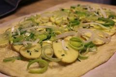 semolina-spelt-potato-pizza_107
