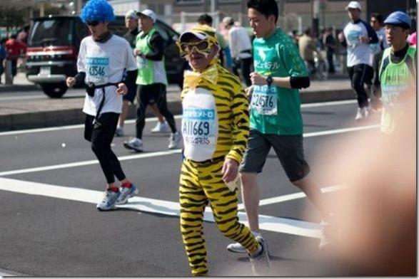 tokyo-marathon-costumes-19