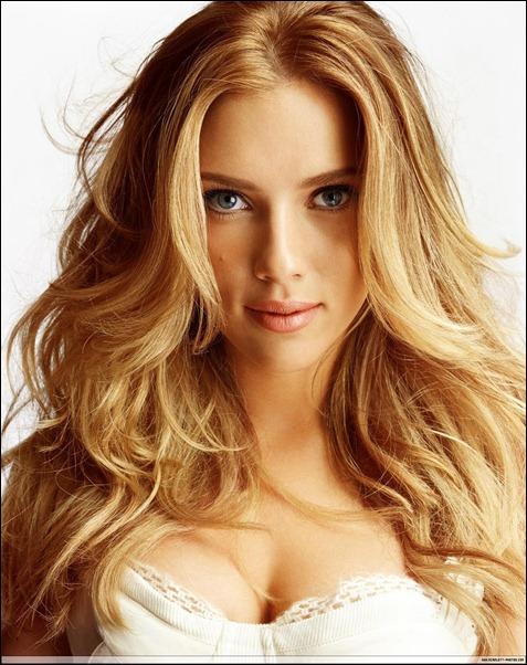 Scarlett Johansson AllurePhotoshoot_002