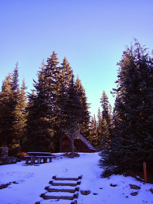gold lake shelter1.JPG