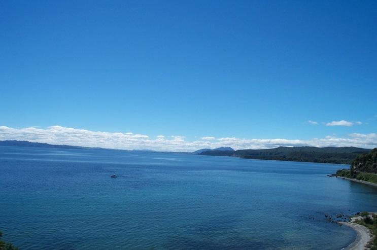 11-080-Lake taupo