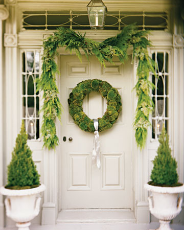I love this entrance dressed in all green. The wreath is made from cushion moss, which will thrive all year.