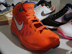 nike air max lebron 7 pe hardwood hyperfuse 4 02 Yet Another Hardwood Classic / New York Knicks Nike LeBron VII