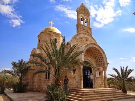 18. Biserica greaca de la Iordan.JPG