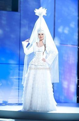 miss-uni-2011-costumes-15